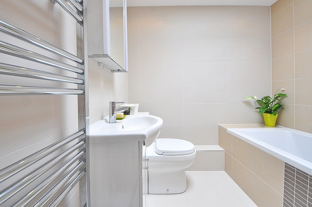 remodel small bathrooms